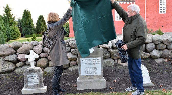 Gæstgiver Hans Peder Pedersens gravminde